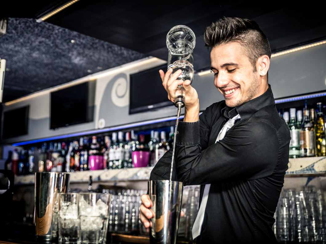 Change Careers and Fall in Love With Bartending